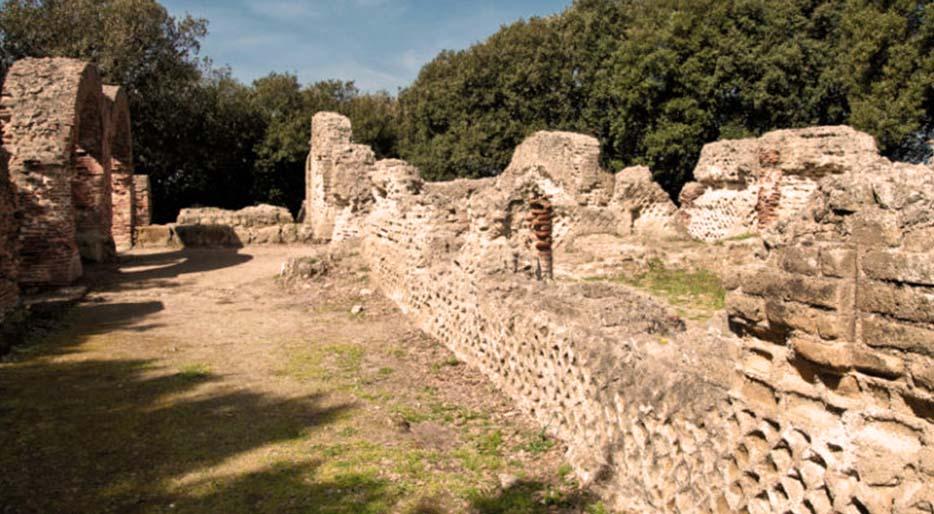 parco-archeologico-di-Cuma-1